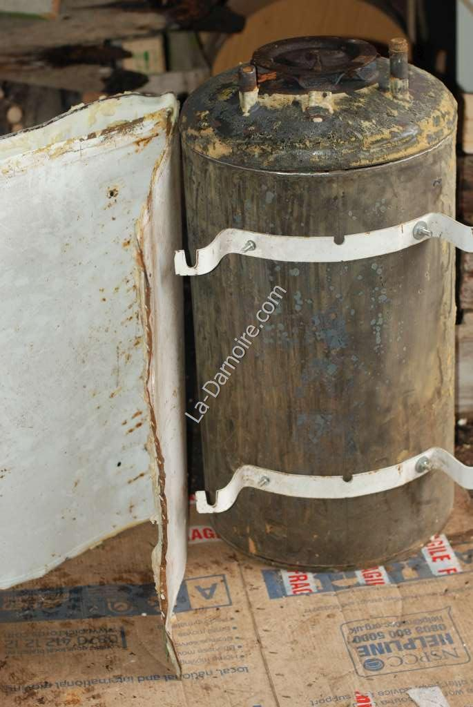 Electric hot water cylinder with jacket removed