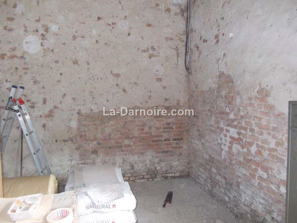 walls16