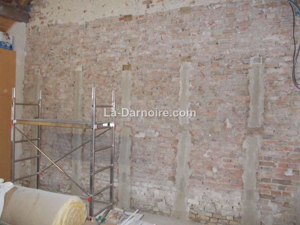walls24