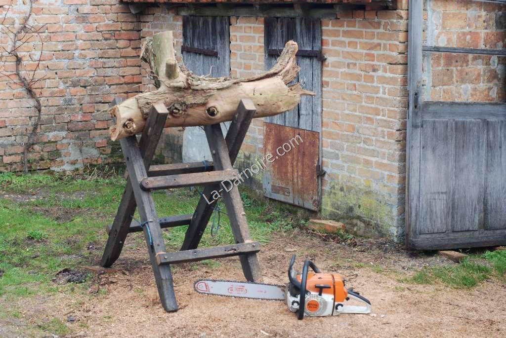 A home-made heavy duty sawhorse