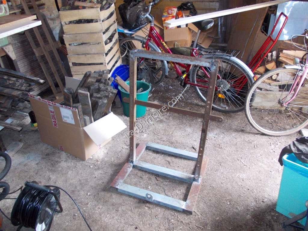 Steel frame cider press